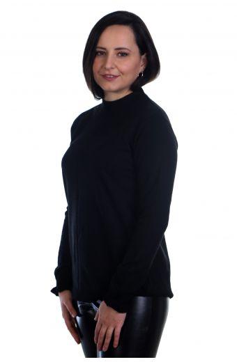 Μπλούζα με διακριτικό βολάν στο μανίκι - μαύρο 0574M